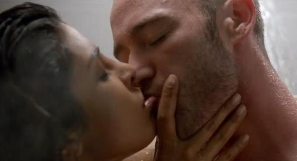priyanka chopra hot scenes in Quantico-09