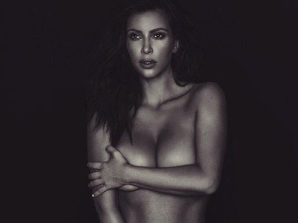 kim kardashian bares it all-02