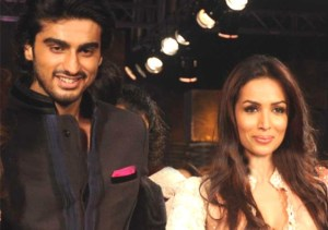OMG! Malaika Arora and Arjun Kapoor CAUGHT Together Last Night