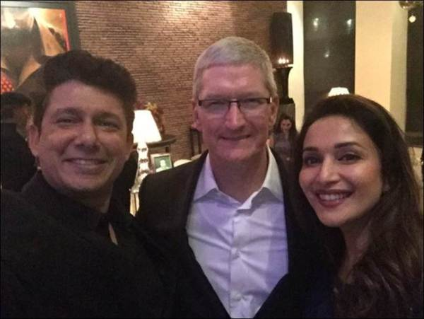 shah rukh khan's party for tim cook-03