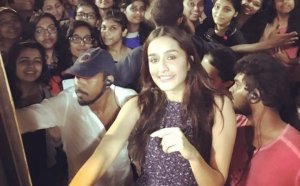 Shraddha Kapoor Takes Selfies with Fans