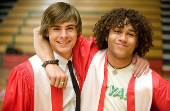 'High School Musical 3' frights up a consecutive #1!