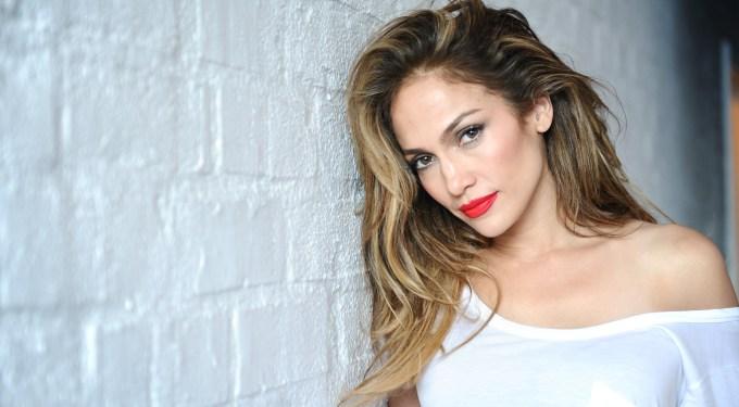 "Album Review: Jennifer Lopez's ""A.K.A."""