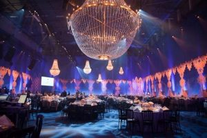Lampara grande evento winterball londres