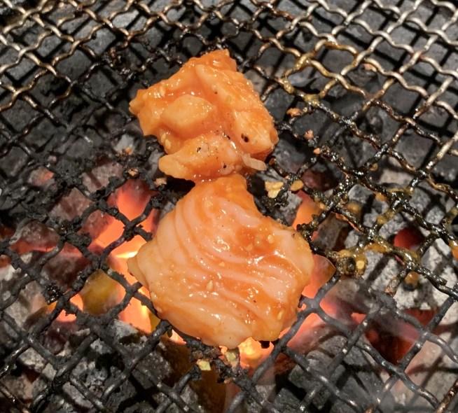 自由が丘の焼肉屋「漢江」の上ミノ味噌ダレ2