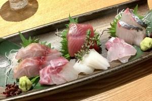 渋谷(神泉)にある「二代目 葵」の刺身盛り合わせ