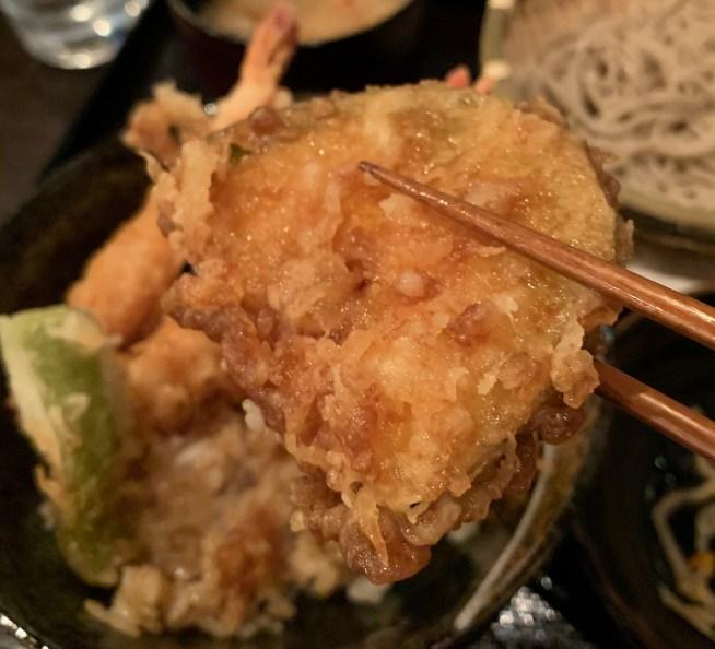 渋谷の道玄坂にある「権八」で天丼のかぼちゃ
