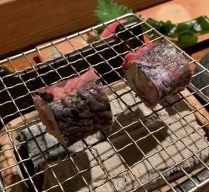 恵比寿にある寿司居酒屋「あげまき」の肉巻きねぎとろ巻き4