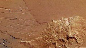 ESA registra fluxo de lava antiga em Marte 3