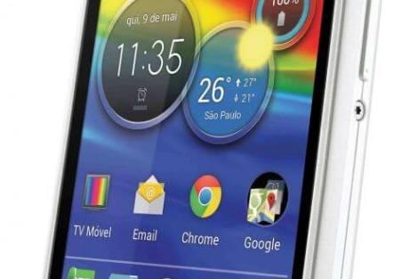 Motorola lança Razr D1 e Razr D3 no Brasil 9
