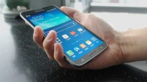 Samsung Galaxy Round smartphone curved OLED display - Samsung anuncia smartphone com tela OLED curvada