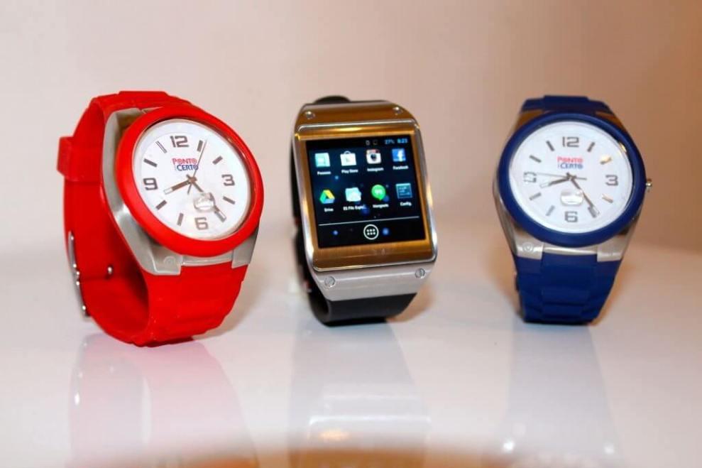 f4ed90a7243 Smartwatches facilitam a vida no escritório e até no ônibus 3