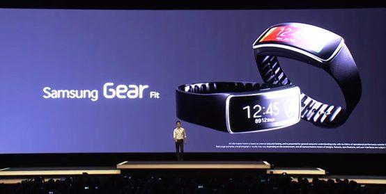 Galaxy Gear Fit é a novidade para quem gosta de praticar atividades físicas