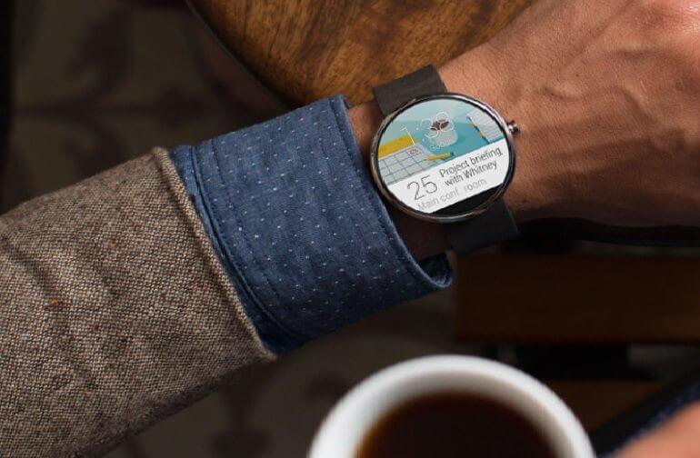 Moto 360 2 - Relógio inteligente Moto 360 chega até setembro