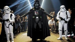Darth Vader invade a passarela da Triton durante SPFW 8