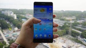 Novo smartphone da Oppo tem bordas quase invisíveis 8