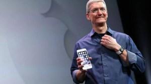 Apple-tim-cook-iphone-6s-showmetech