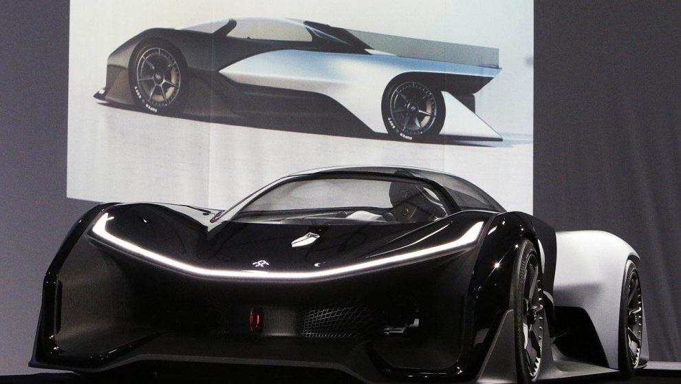 faraday00 - CES 2016: Faraday Future lança carro elétrico parecido com Batmóvel