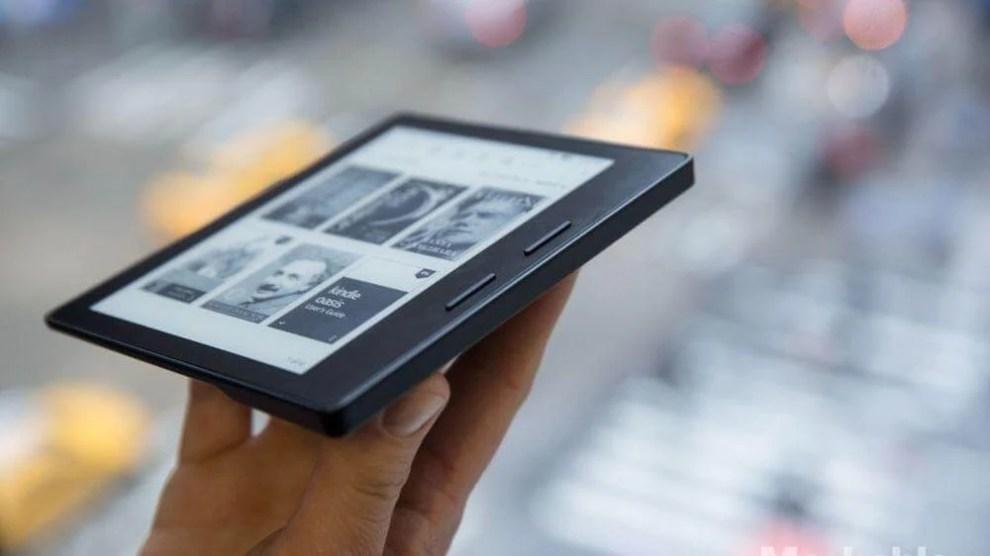 Amazon lança o Kindle Oasis com novo design mais ergonômico 4
