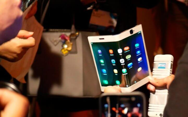 lenovo smartphone dobravel - smartphones e tablets dobráveis da Lenovo são uma pequena mostra do futuro