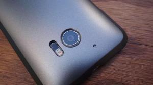 [Rumor] HTC 11 virá com Snapdragon 835 e 6 GB de memória RAM 8