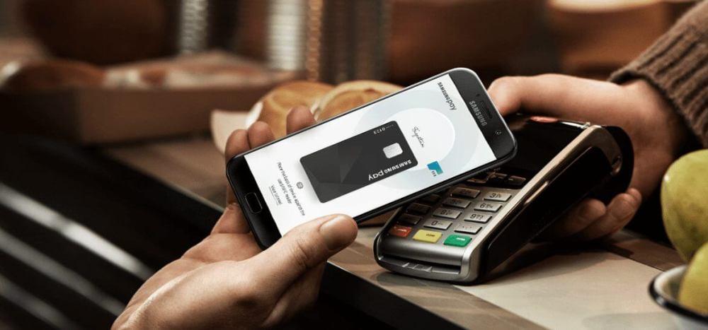 samsung pay a7 - Comparativo: Galaxy A7 ou Moto Z2 Play?