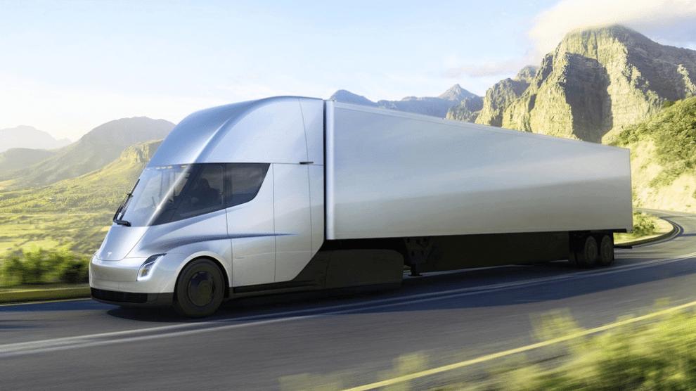 Tesla apresenta caminhão elétrico e novo Roadster 6