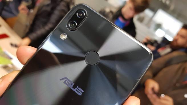 20180227 104823 e1519761104693 - MWC 2018: Asus lança novos Zenfone 5 e Zenfone 5 Lite