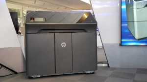 HP quer democratizar a impressão 3D industrial com esses 4 novos modelos da linha Jet Fusion 8