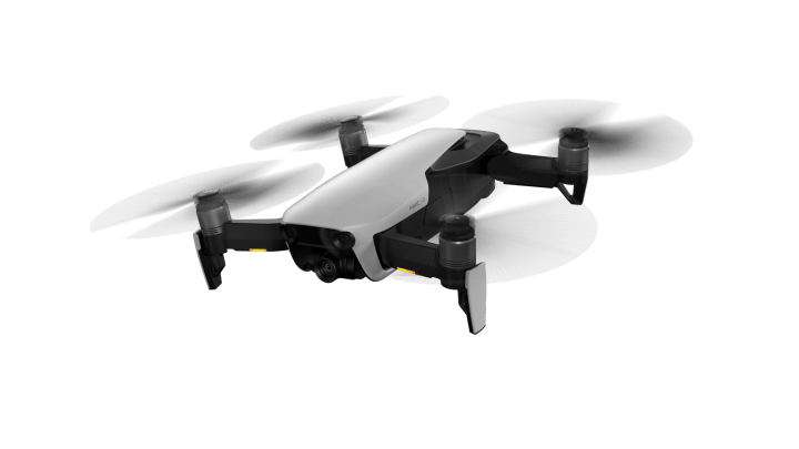 Mavic Air Arctic White flying preview 2 720x405 - Review: pequeno DJI Mavic Air dá baile em drones mais parrudos