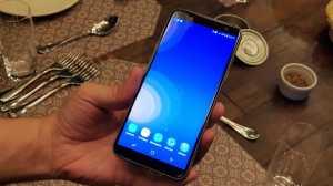 Novos Samsung Galaxy J6 e J4