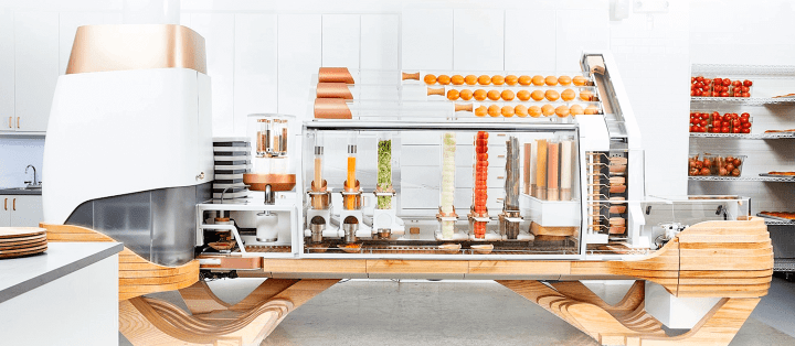 Conheça a lanchonete que usa apenas robôs para preparar hambúrgueres 10