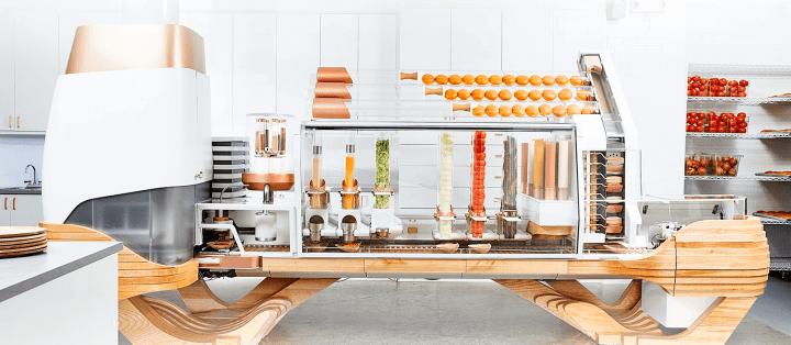 Conheça a lanchonete que usa apenas robôs para preparar hambúrgueres 6