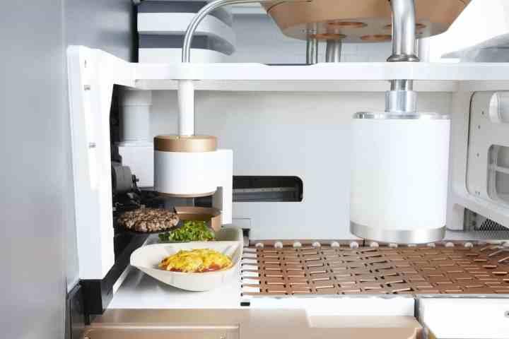 Conheça a lanchonete que usa apenas robôs para preparar hambúrgueres 9