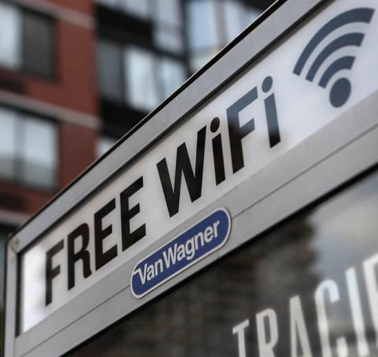 gettyimages 148172151 - Conheça os mitos e verdades sobre a segurança das redes Wi-Fi públicas