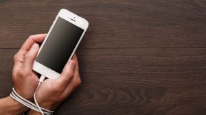 vicio smartphone - Vício tech: confira alguns truques para não ficar preso ao smartphone
