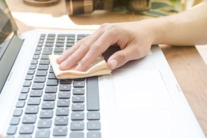 Capa - Dicas para limpar seu notebook com segurança