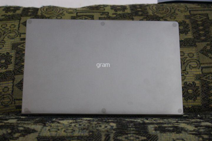 IMG 7702 720x480 - Review: Notebook LG Gram Titânio é potência e elegância com extrema leveza