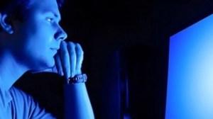 Entenda porque a luz azul das telas pode causar cegueira 10