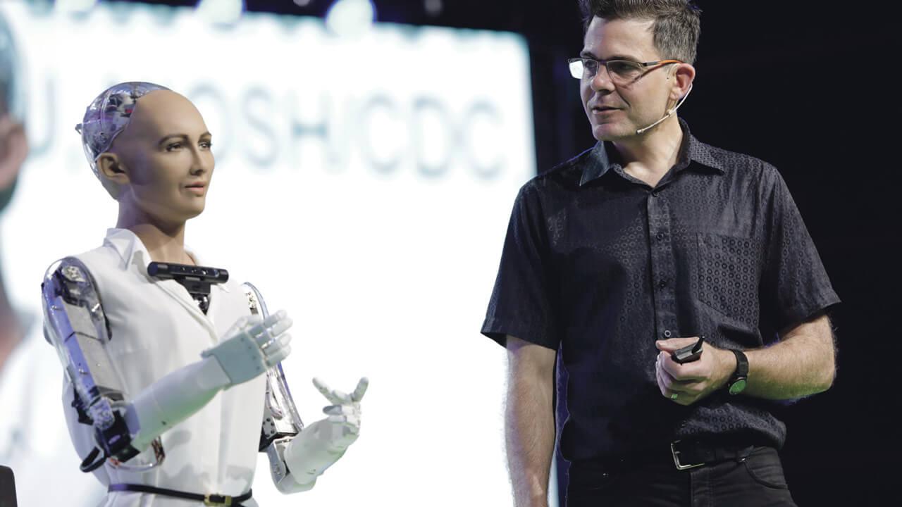 Robô Sophia é uma das palestrantes no LATAM Retail Show