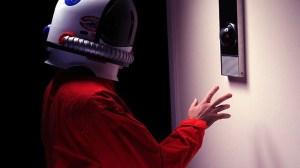 Empresa lança réplica perfeita do famoso HAL 9000 4