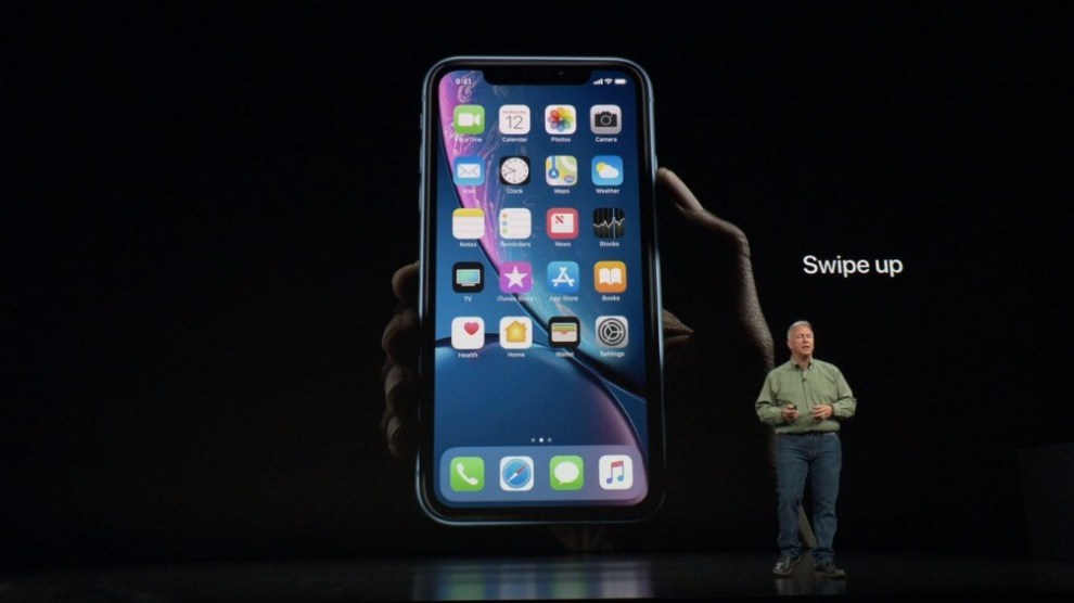 Anúncio do iPhone XR Face ID com interface por gestos