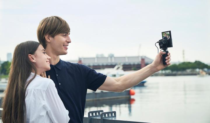 As câmeras HX oferecem um preço acessível pra os consumidores