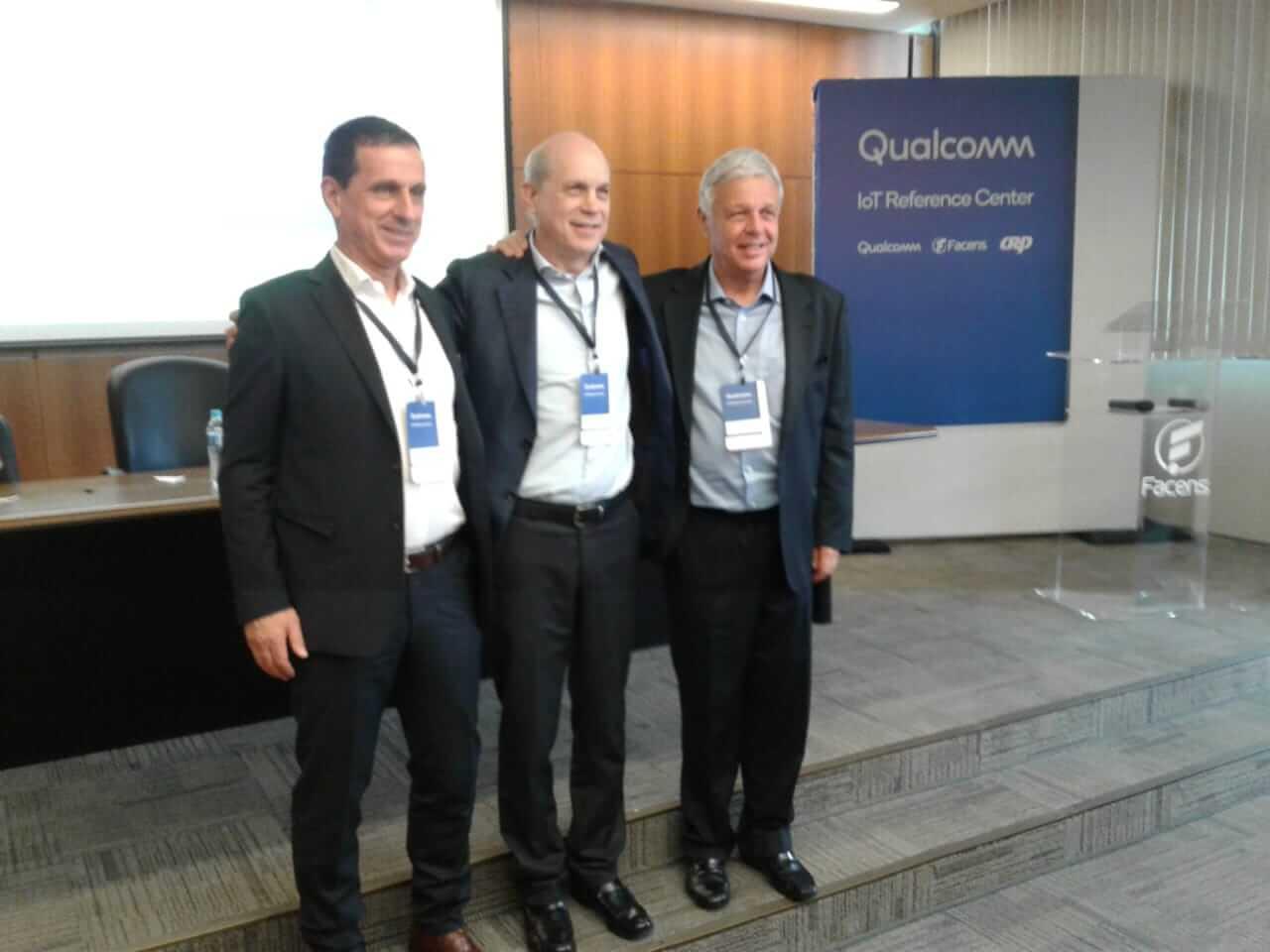 Paulo Roberto carvalho. Rafael Steinhauser, Presente da Qualcomm da América latina.