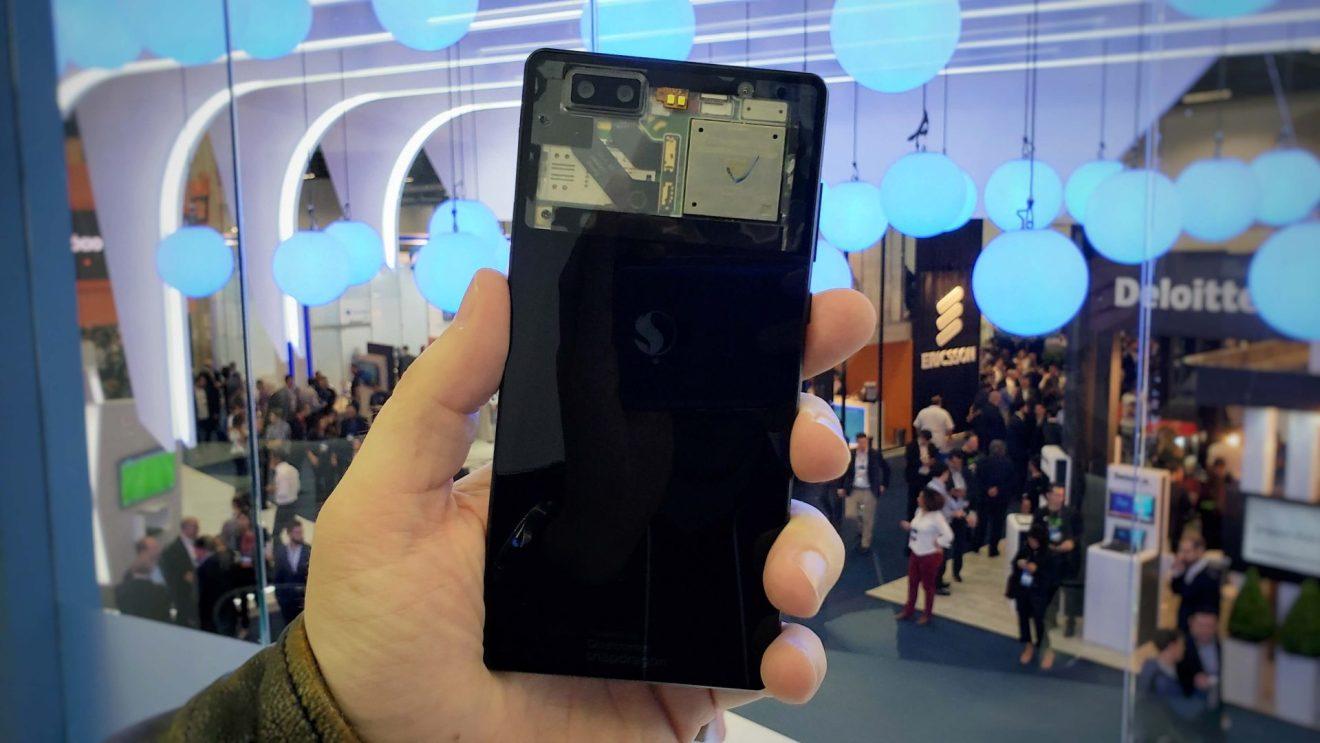 Exemplo do chip QSiP em um celular, apresentado pela Qualcomm na Futurecom desse ano