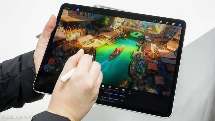 Sistema iOS e tela touch podem ser uma barreira