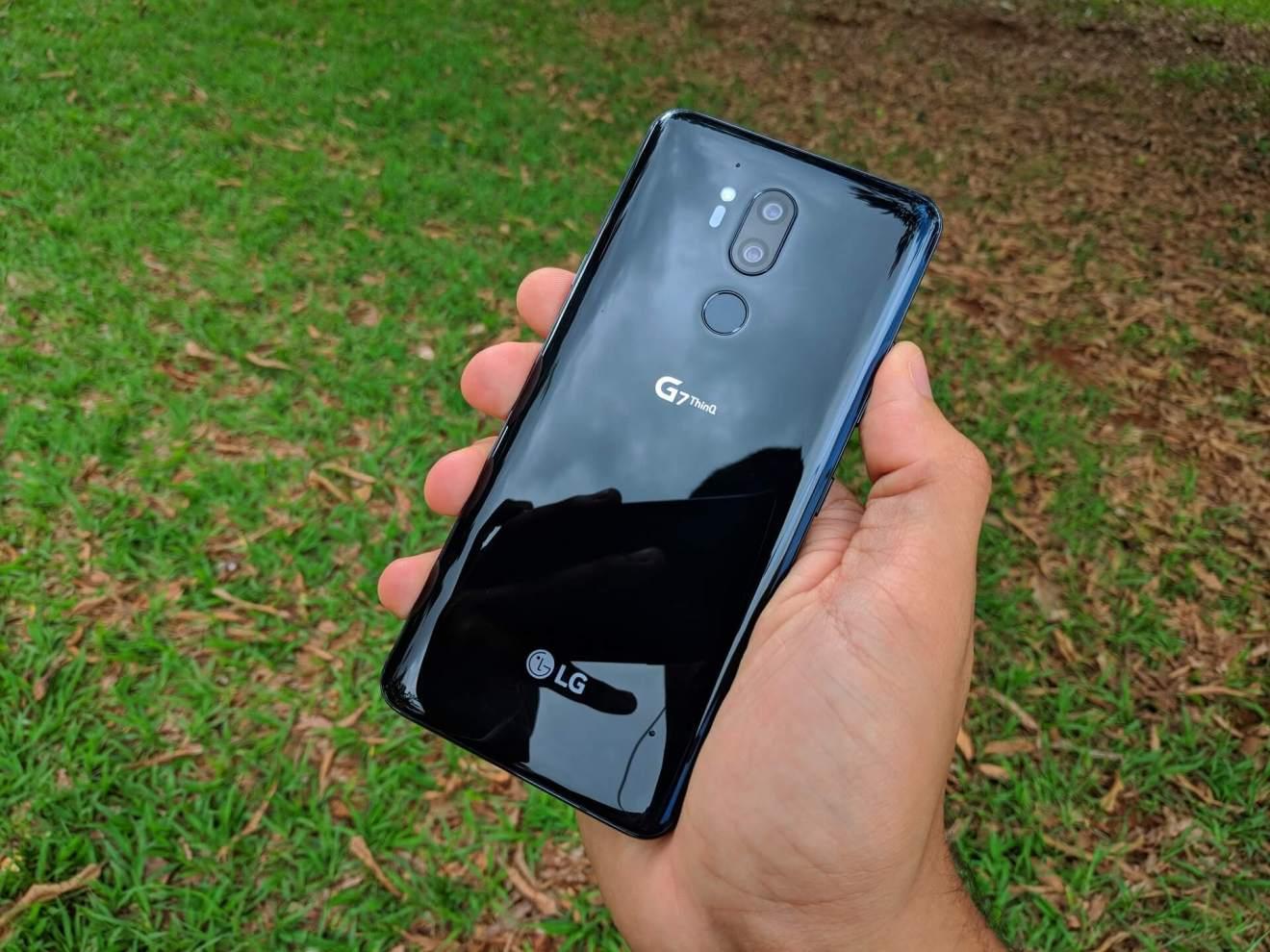 LG G7, design, traseira