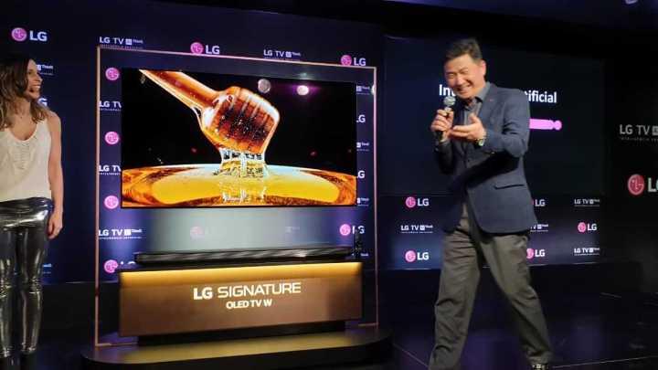 LG faz demonstração da tecnologia AI ThinQ para TVs com Luan Santana 5