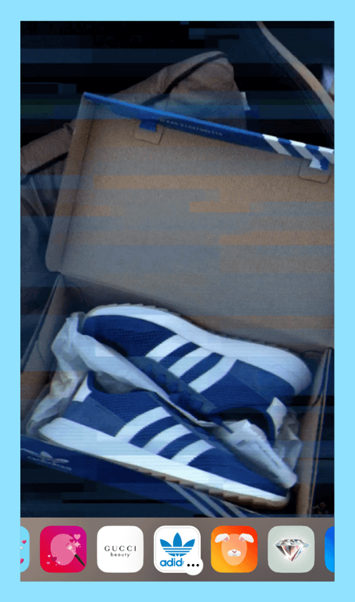 O filtro Adidas adiciona um visual de fita VHS aos stories do Instagram