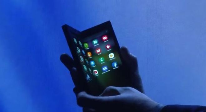 Protótipo de smartphone dobrável da Samsung